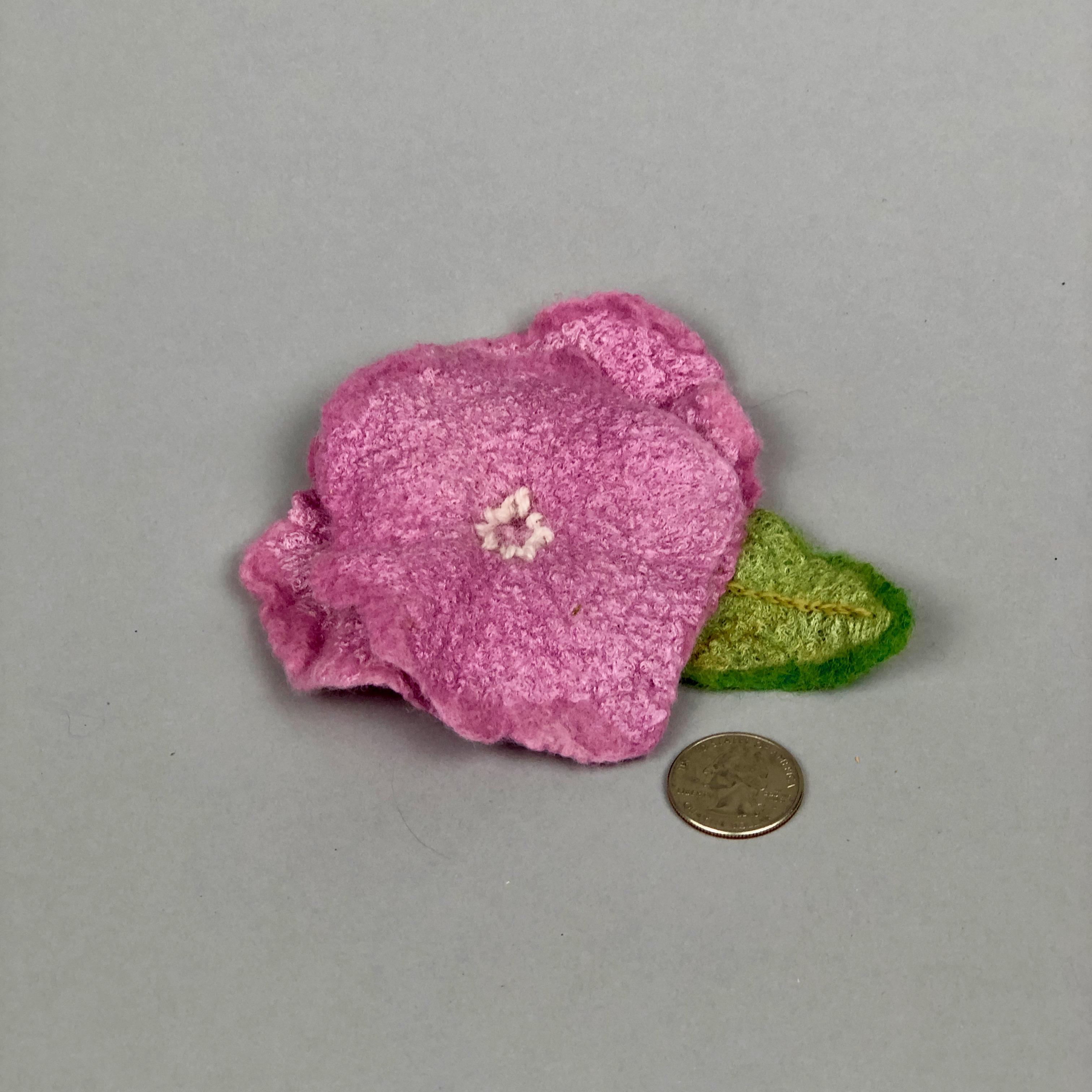 pinkfeltflowerpin